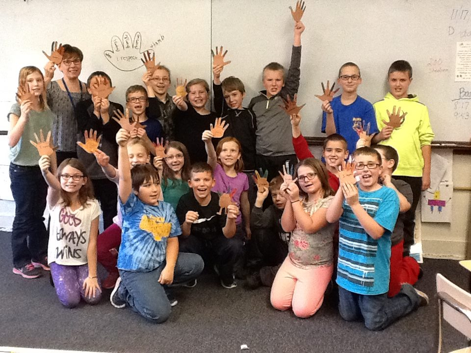NJHS Students Work with  4th and 5th Graders