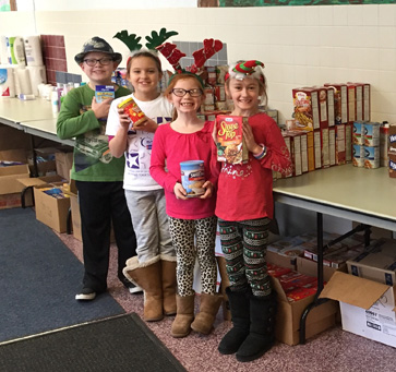 Primary Students Donate to Pantry
